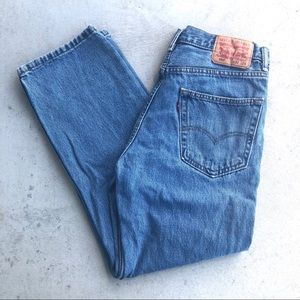 Levi's Vintage 550 Medium Wash Relaxed Jean